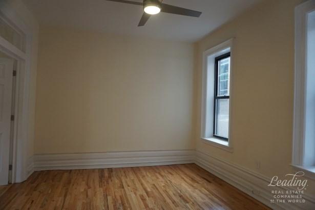 1400 Dean Street J J, Crown Heights, NY - USA (photo 3)