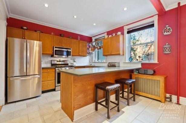 41 -27 39th Place, Sunnyside, NY - USA (photo 2)