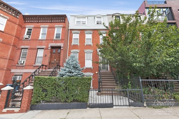 205 Prospect Avenue, Park Slope, NY - USA (photo 1)