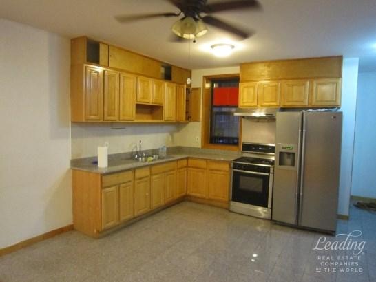 1118 Bay Ridge Avenue 1, Dyker Heights, NY - USA (photo 1)