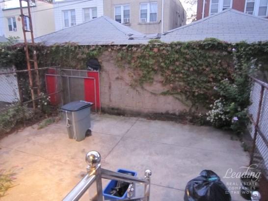 1118 Bay Ridge Avenue 1, Dyker Heights, NY - USA (photo 5)