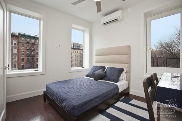 318 West 142nd Street 3b 3b, New York, NY - USA (photo 2)