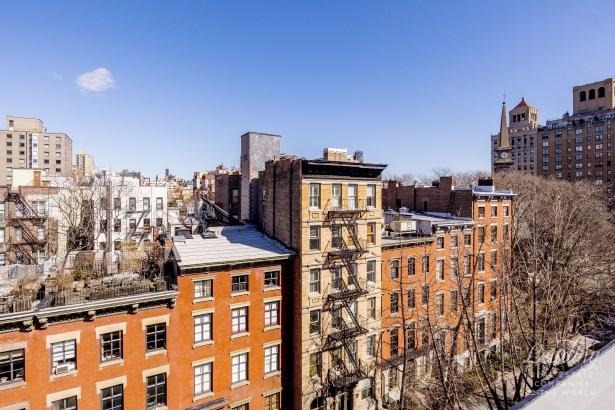 120 East 10th Street, New York, NY - USA (photo 4)