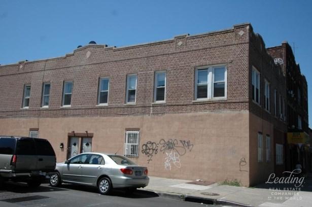 96 Livonia Avenue, Brownsville, NY - USA (photo 1)