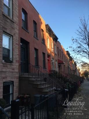 449 Sackett Street 2 2, Carroll Gardens, NY - USA (photo 1)