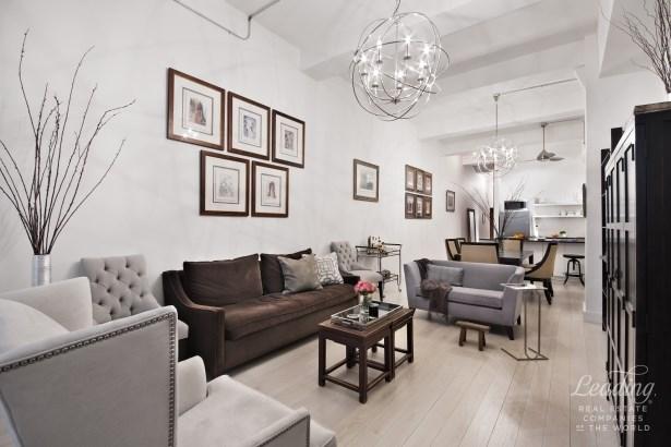 310 East 46th Street 3f 3f, New York, NY - USA (photo 2)