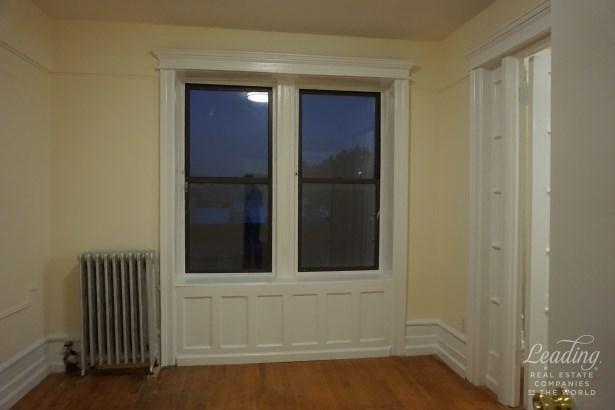 267 Clifton Pl 2d 2d, Brooklyn, NY - USA (photo 4)