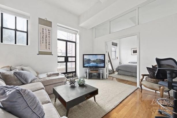 143 Avenue B 4a 4a, New York, NY - USA (photo 1)