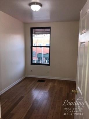 236 Sumpter Street 1 1, Brooklyn, NY - USA (photo 4)