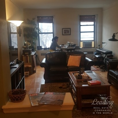 Sunnyside North!!! Spacious 1 Bedroom 2a, Sunnyside, NY - USA (photo 4)