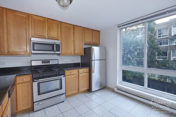 580 Main Street 404 404, Roosevelt Island, NY - USA (photo 3)