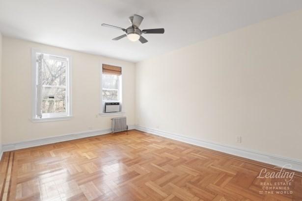 811 Walton Avenue D8, Bronx, NY - USA (photo 3)