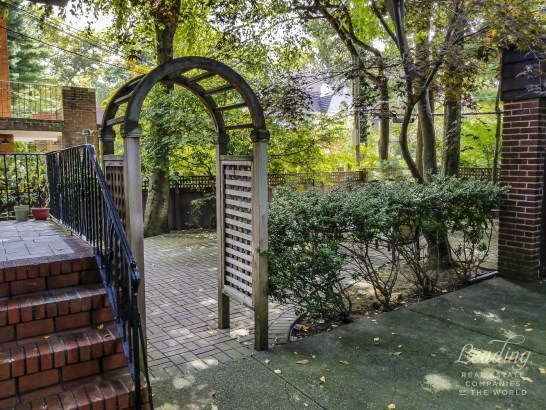 51 Wendover Road, Forest Hills, NY - USA (photo 4)