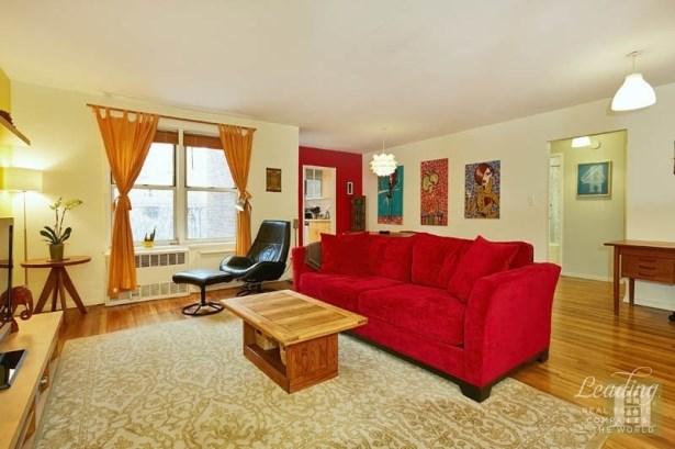 66 Overlook Terrace 4m 4m, New York, NY - USA (photo 2)