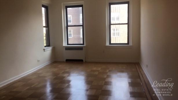 -58 74th Street 4g, Jackson Heights, NY - USA (photo 1)