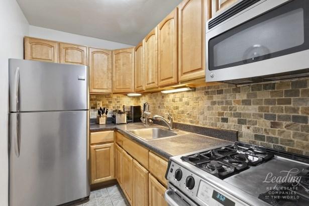 1655 Flatbush Avenue B1410 B1410, Midwood, NY - USA (photo 5)