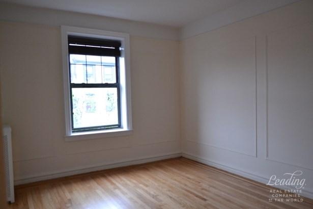 196 Pinehurst Avenue 5d, New York, NY - USA (photo 5)