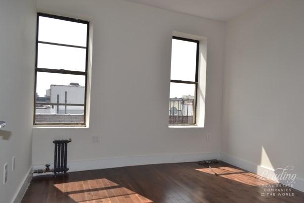 720 West 181st Street 65, New York, NY - USA (photo 4)
