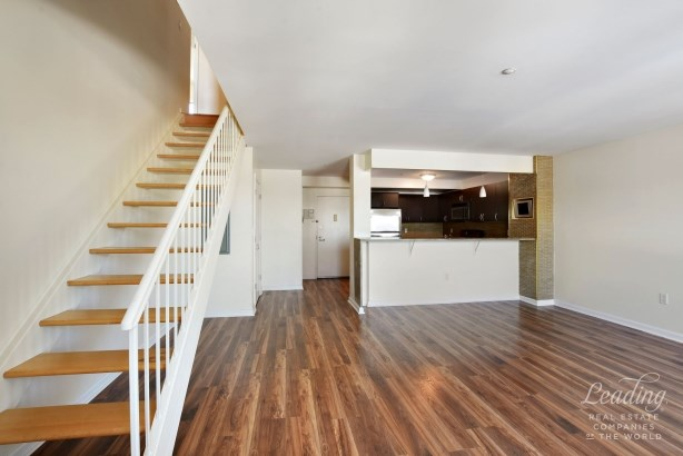 1490 Outlook Avenue 2l, Country Club, NY - USA (photo 4)