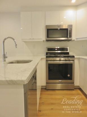 593 Park Place 2e, Crown Heights, NY - USA (photo 1)