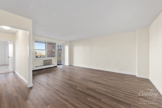 3215 Avenue H 6j 6j, Flatbush, NY - USA (photo 3)