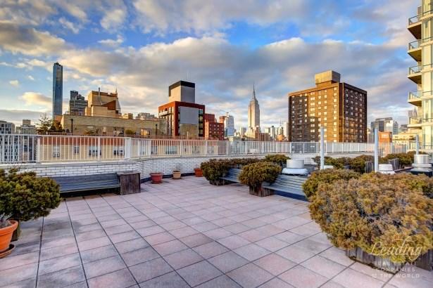 301 East 22nd Street 7s 7s, New York, NY - USA (photo 5)