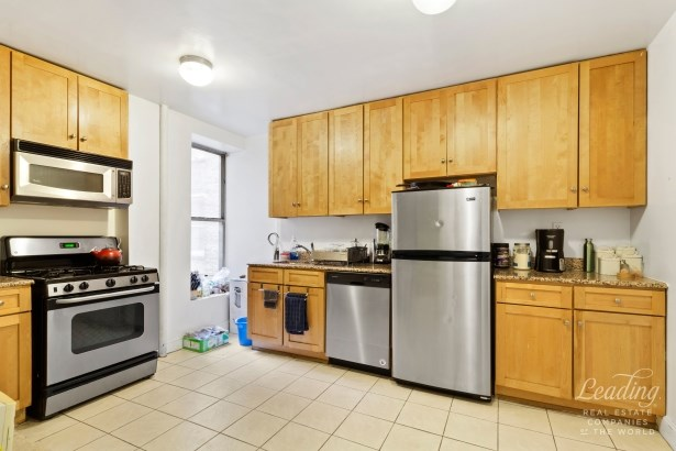 811 Walton Avenue A17, Bronx, NY - USA (photo 3)
