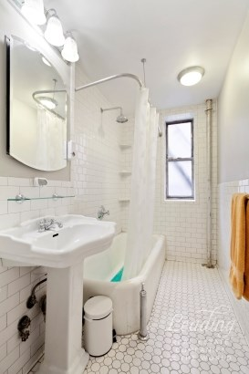 811 Walton Avenue A17, Bronx, NY - USA (photo 4)