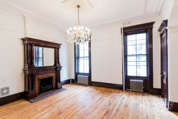 312 Lewis Avenue Townhouse Townhouse, Brooklyn, NY - USA (photo 3)