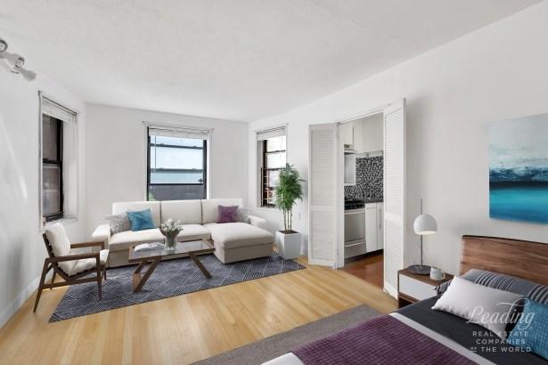 34 -20 78th Street 1a 1a, Jackson Heights, NY - USA (photo 2)