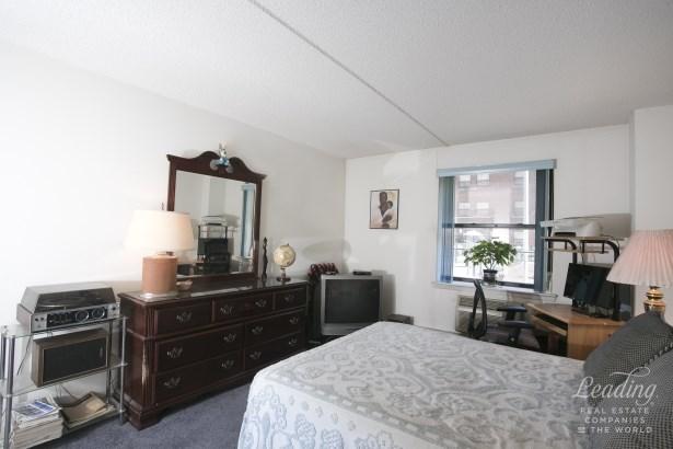 130 Lenox Avenue 235 235, New York, NY - USA (photo 3)