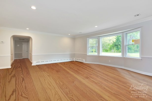 73 Beechwood Road, Lincroft, NJ - USA (photo 4)