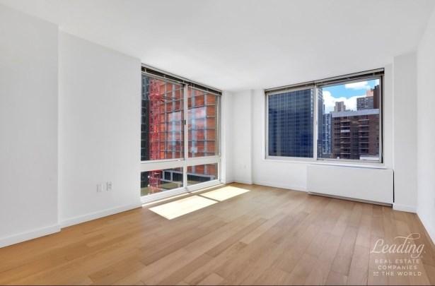 Gold Street 5m, New York, NY - USA (photo 3)