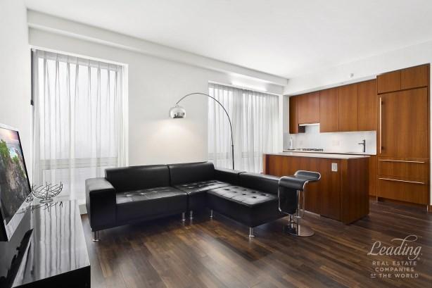 400 Fifth Avenue 31g, New York, NY - USA (photo 1)