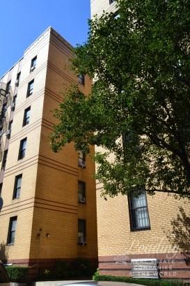200 Bennett Avenue 2d, New York, NY - USA (photo 1)