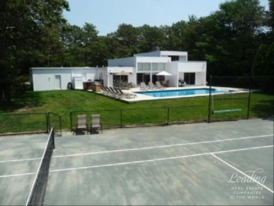 East Quogue, East Quogue, NY - USA (photo 2)