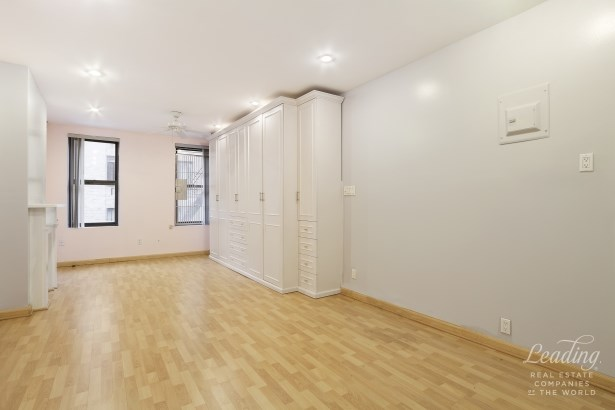 408 West 25th Street 4re 4re, New York, NY - USA (photo 3)