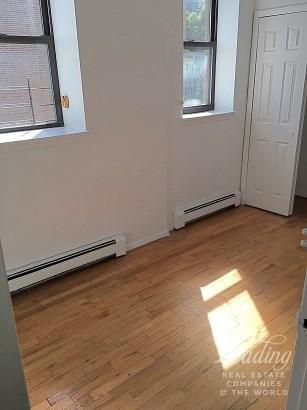 Spacious 2 Bedroom 1 Bath 3b, Clinton Hill, NY - USA (photo 5)