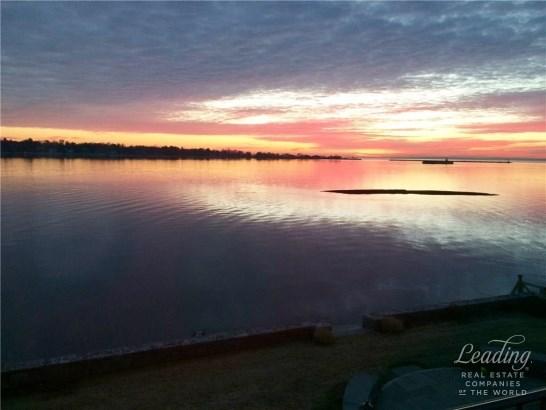 150 Dolphin Cove Quay, Stamford, CT - USA (photo 2)