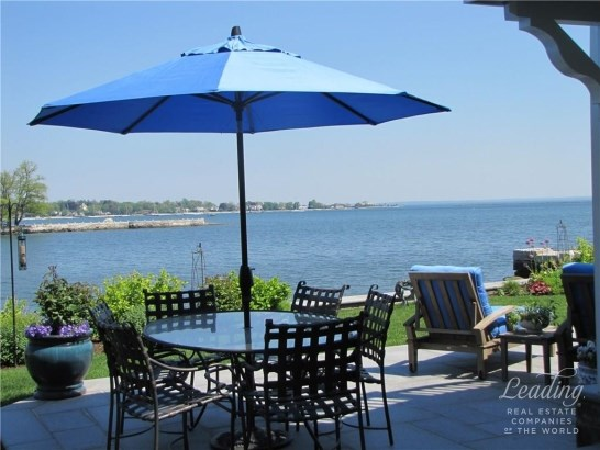 150 Dolphin Cove Quay, Stamford, CT - USA (photo 4)