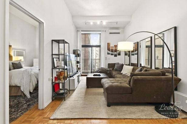 372 Fifth Avenue 6m, New York, NY - USA (photo 1)
