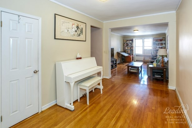 110 -34 73 Road 5a 5a, Forest Hills, NY - USA (photo 3)