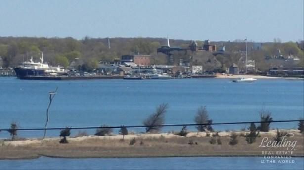 North Haven, NY - USA (photo 3)