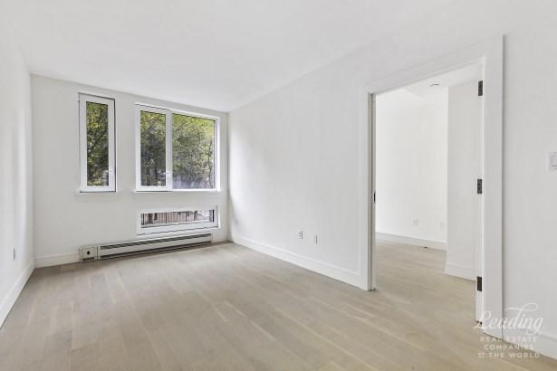 306 West 142nd Street 5e 5e, New York, NY - USA (photo 3)