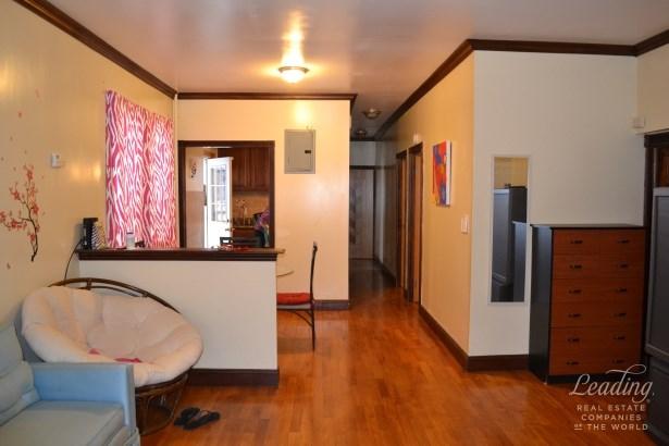 182 71st Street 1 1, Bay Ridge, NY - USA (photo 3)