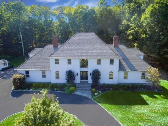 17 Equestrian Ridge, Newtown, CT - USA (photo 1)