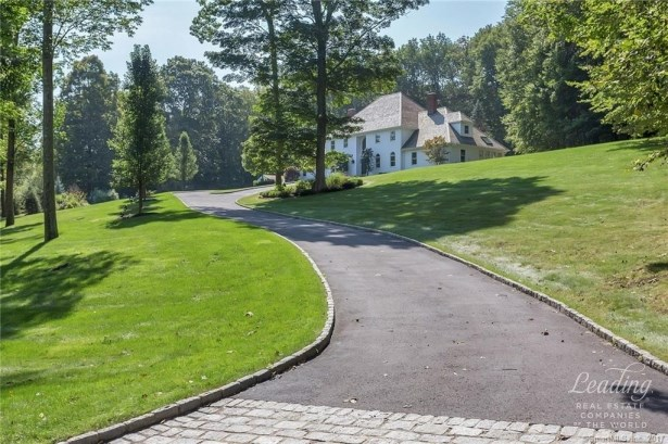 17 Equestrian Ridge, Newtown, CT - USA (photo 4)