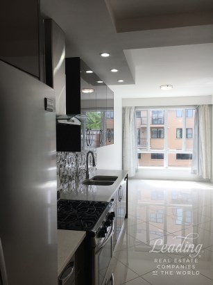 1756 Ocean Avenue 3d, Midwood, NY - USA (photo 2)