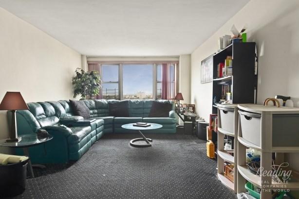 1655 Flatbush Avenue C1602 C1602, Midwood, NY - USA (photo 3)