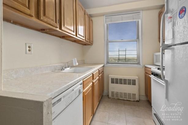 1655 Flatbush Avenue C1602 C1602, Midwood, NY - USA (photo 4)